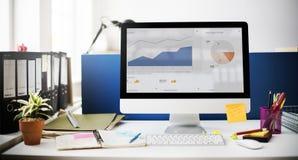 Concepto del ordenador del márketing de la estrategia del éxito del crecimiento del gráfico foto de archivo libre de regalías