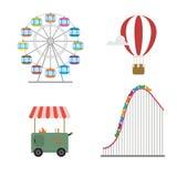 Concepto del parque de atracciones Montaña rusa, globo caliente, rueda, comida de la calle Imagen de archivo