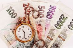 Concepto del plazo con los billetes de banco checos imagen de archivo libre de regalías