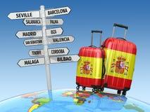 concepto del recorrido Maletas y poste indicador qué a visitar en España Fotos de archivo libres de regalías