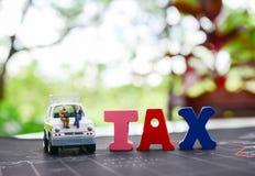 Concepto del reembolso del impuesto, financiero y del negocio Fotografía de archivo