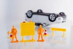 Concepto del seguro de coche del accidente de tráfico del juguete jpg Imagen de archivo libre de regalías