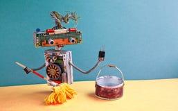 Concepto del servicio de la limpieza Piso que aljofifa del portero amistoso del robot Imágenes de archivo libres de regalías