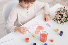 Concepto del talento de la creatividad del dibujo del niño de Little Boy imagenes de archivo