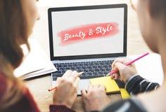 Concepto del texto de la moda del estilo de la belleza Fotos de archivo