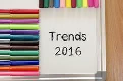 Concepto del texto de las tendencias 2016 Foto de archivo libre de regalías