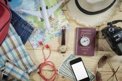Concepto del viaje con el accesorio Fotos de archivo