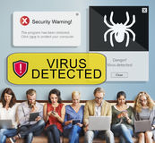Concepto detectado virus de la advertencia de seguridad Fotografía de archivo