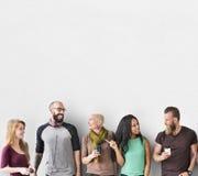 Concepto diverso de la unidad de la comunidad del grupo de personas imagenes de archivo
