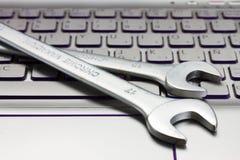 Concepto electrónico del soporte técnico Imagen de archivo libre de regalías