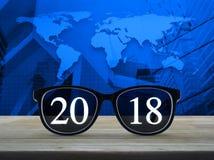 Concepto 2018, elementos de la Feliz Año Nuevo de esta imagen equipados cerca Fotos de archivo