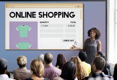 Concepto en línea de Digitaces de la venta al por menor de Internet del carro de la compra de compras imágenes de archivo libres de regalías