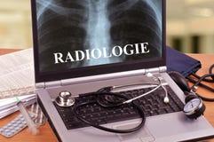 Concepto en línea de la consulta médica en primer foto de archivo libre de regalías