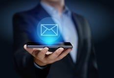 Concepto en línea de la red de la tecnología de Internet del negocio de la charla de la comunicación del correo del correo electr fotografía de archivo libre de regalías