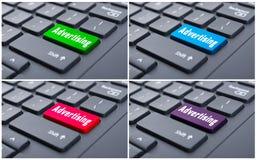 Concepto en línea del anuncio con el botón de la publicidad Imagen de archivo