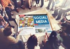 Concepto en línea del establecimiento de una red social de Media Communication fotografía de archivo libre de regalías
