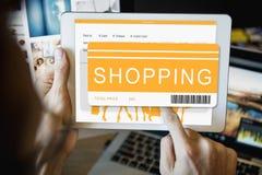 Concepto en línea de Shopaholics del comprador de la venta que hace compras Imagenes de archivo