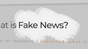 Concepto falso de las noticias Noticias falsas en el contenido y los títulos de diversos sitios de los medios de noticias