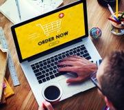 Concepto gráfico de la compra del carro en línea que hace compras fotos de archivo libres de regalías