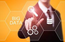 Concepto grande de la información del negocio de la tecnología de la información de Internet de los datos Foto de archivo