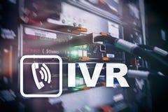 Concepto interactivo de la comunicación de la respuesta de voz de IVR fotos de archivo