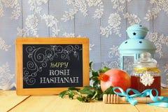 Concepto judío del Año Nuevo de Rosh Hashanah Símbolos tradicionales Imagen de archivo libre de regalías
