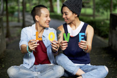 Concepto lesbiano de la felicidad de los momentos de los pares de LGBT Imagen de archivo