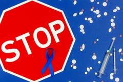 Concepto Oncological de la enfermedad de intestino fotos de archivo