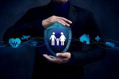 Concepto para la compañía de seguros cliente al thire de la caja fuerte y de la ayuda imagen de archivo libre de regalías