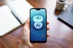 Concepto profundo del aprendizaje de m?quina de la inteligencia artificial del AI Icono del robot en la pantalla del tel?fono m?v imagen de archivo