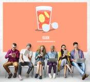 Concepto relajante de consumición de la bebida desapasible de la página web fotografía de archivo libre de regalías