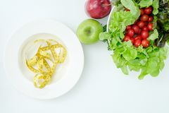 Concepto sano de la consumición de la dieta quetogénica baja sana de los carburadores fotografía de archivo