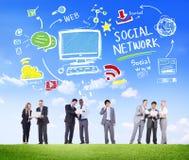 Concepto social de la comunicación empresarial de la red social medios Imagenes de archivo