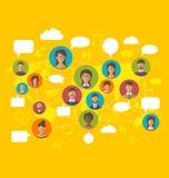 Concepto social de la red en mapa del mundo con los avatares de los iconos de la gente Foto de archivo libre de regalías