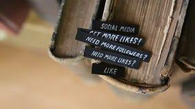 Concepto social de los media almacen de video