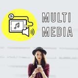 Concepto social del dispositivo de Digitaces del podcast medios Imágenes de archivo libres de regalías