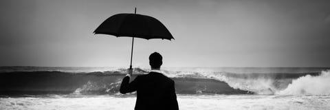 Concepto solo de Alone Anxiety Beach del hombre de negocios imagen de archivo libre de regalías