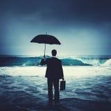 Concepto solo de Alone Anxiety Beach del hombre de negocios foto de archivo libre de regalías