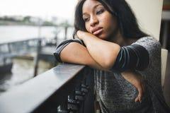 Concepto triste depresivo afroamericano del corazón quebrado imagen de archivo libre de regalías