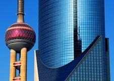 Concepto urbano céntrico de la arquitectura moderna de Shangai Imagen de archivo