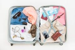 Conceptos abiertos del top del bolso que viaja del viajero del viaje Imágenes de archivo libres de regalías