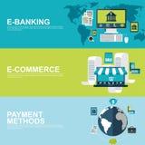 Conceptos de diseño planos para el comercio electrónico, las e-actividades bancarias y las formas de pago stock de ilustración