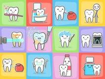 Conceptos del tratamiento y de la higiene del cuidado de los dientes fijados Foto de archivo libre de regalías