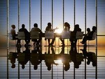 Conceptos profesionales de la estrategia de Sun de la reunión de negocios Fotografía de archivo libre de regalías