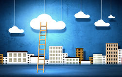 Conceptueel beeld met ladder om wolken te babbelen royalty-vrije stock afbeelding