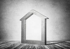 Conceptuele achtergrond van concreet huisteken in ruimte met w Royalty-vrije Stock Afbeelding