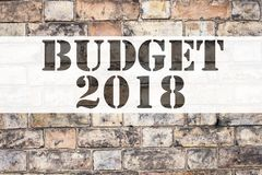 Conceptuele de titelinspiratie die van de aankondigingstekst Begroting 2018 tonen Bedrijfsconcept voor het Financiële Concept van stock afbeeldingen