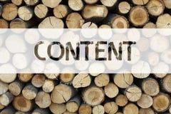 Conceptuele de titelinspiratie die van de aankondigingstekst Inhouds Bedrijfsdieconcept voor Zaken tonen aan Succes op houten bac royalty-vrije stock fotografie