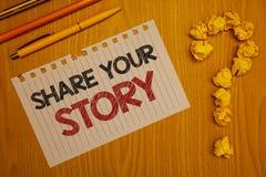 Conceptuele hand die tonend Aandeel Uw Verhaal schrijven Van de Ervaringsstorytelling van de bedrijfsfototekst van de Nostalgiege royalty-vrije stock foto's