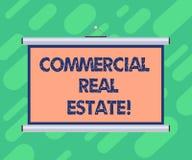 Conceptuele hand die tonend Commercieel Real Estate schrijven Bedrijfsfoto demonstratiebezit dat alleen voor wordt gebruikt stock illustratie
